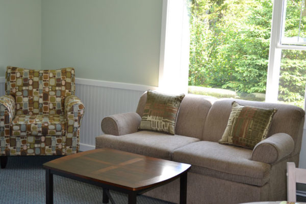 Living room, Anchor Inn Hotel Hilltop Annex: Suite