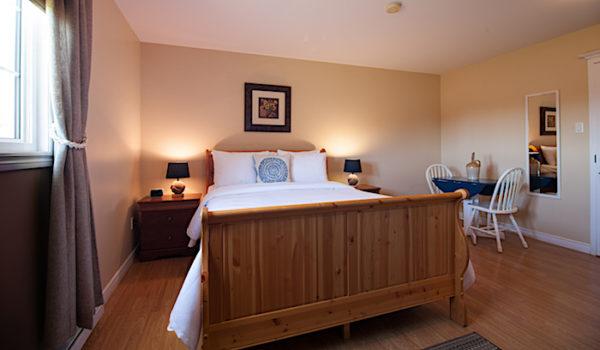 Alphabet Fleet Inn Bed & Breakfast, 24 Toulinquete Street, Twillingate NL Canada