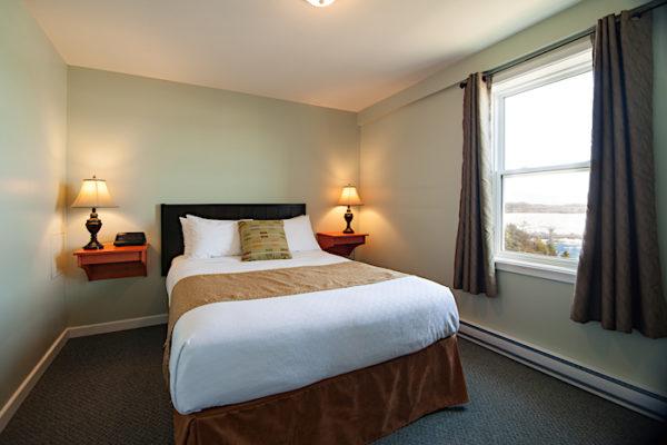 Anchor Inn Hotel Suites: Bedroom