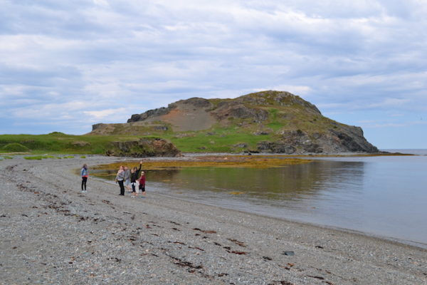 Hiking Batrix/Battrick's Island from Back Harbour beach.